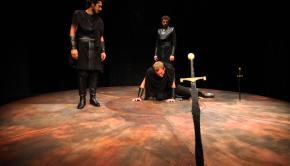 "Katharsis'i olmayan politik tragedya : Macbeth"""